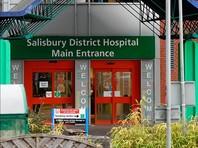 Сергей Скрипаль, а также его дочь, найденные тремя днями ранее без сознания в английском городе Солсбери и отправленные затем в реанимацию, были отравлены нервно-паралитическим веществом