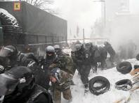 У Верховной Рады Украины задержали десятки протестующих, убирают палаточный городок