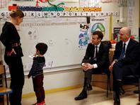 Макрон вводит обязательное образование во Франции с трех лет