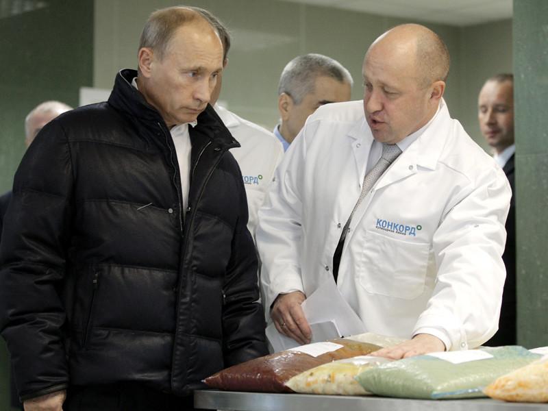 Бизнесмен Евгений Пригожин, известный в прессе как личный повар президента РФ Владимира Путина, финансирует деятельность российских политтехнологов, проводящих мониторинг социально-политической ситуации и социологические исследования в Африке