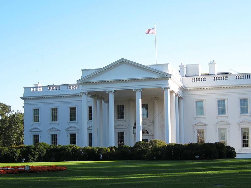 """В Вашингтоне сообщили, что Трамп и Путин обсуждали возможность встречи в Белом доме"""" />"""