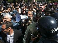"""В Армении продолжаются протесты оппозиции. США """"воодушевлены, обеспокоены"""" и призывают к сдержанности"""