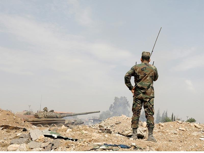 Мощный ракетный удар нанесен по базам в Сирии, десятки погибших