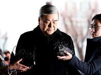 Президент Korean Air Lines Чо Ян-хо отправил в отставку с руководящих постов двух своих дочерей из-за их агрессивного поведения на публике