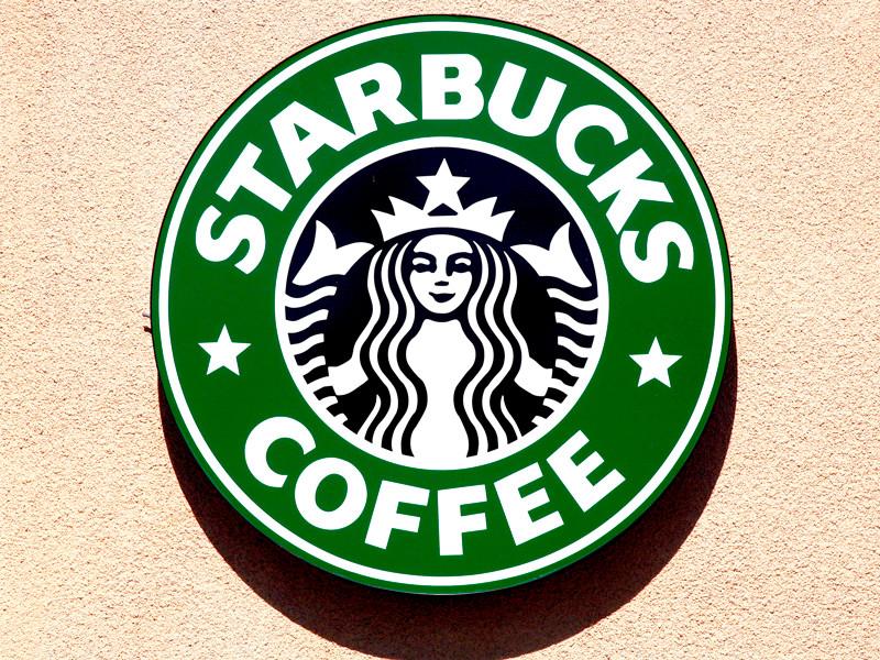 В США в центре скандала, который грозит общенациональным бойкотом, оказалась крупная сеть кофеен Starbucks. Там задержали пару афроамериканцев, которые пожелали воспользоваться туалетом, но ничего при этом не купили. Случай в Филадельфии возмутил общественность