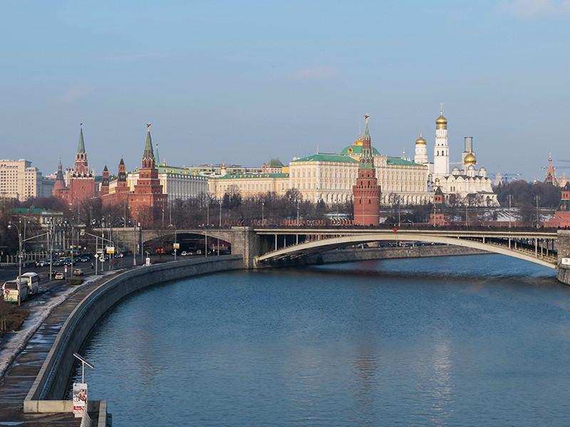 """The Times: составлен доклад о """"сурковских утечках"""" и десятках способов скрытого российского влияния"""