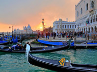 """В Венеции туристов начнут пускать к достопримечательностям через турникеты"""" />"""