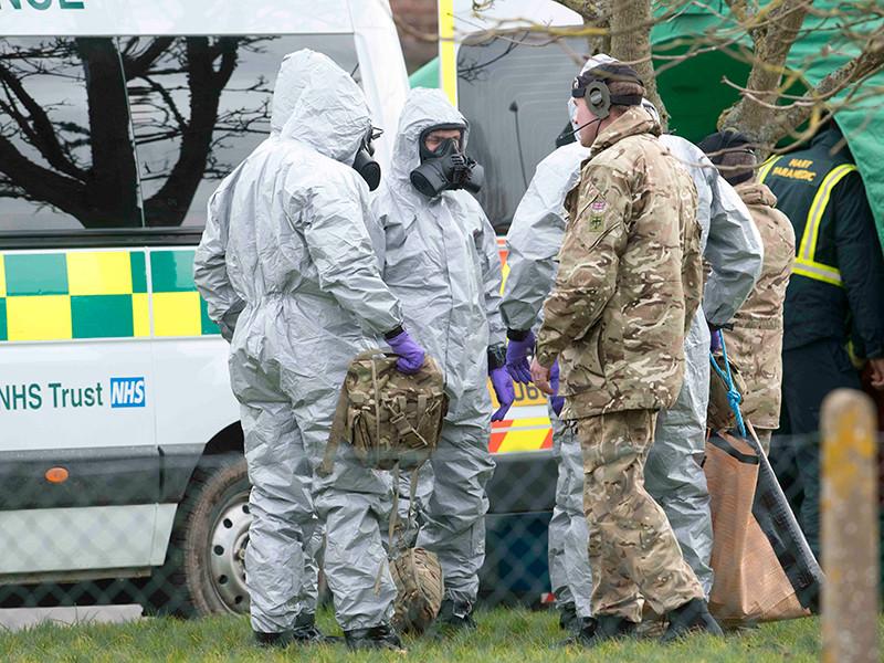 """Лондон: Скрипали были отравлены нервно-паралитическим веществом в жидком виде"""" />"""