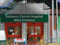 По данным собеседника телеканала, врачи должны были выписать пострадавшую в химатаке еще накануне, 9 апреля. Однако источник не может сказать, покинула ли она Salisbury District Hospital