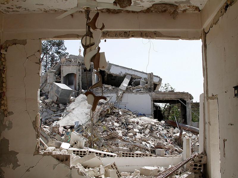 "Инспектора ОЗХО в Сирии посетили город Дума, где произошла химатака"" />"