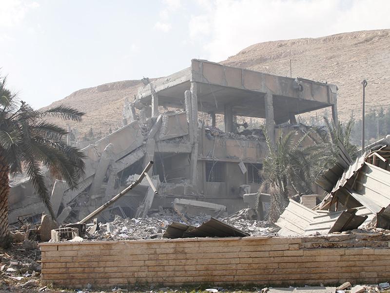 """МИД Китая отчитал  коалицию во главе с США за """"безответственный"""" удар по Сирии"""" />"""