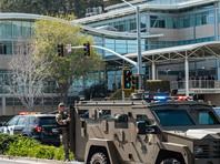 Как сообщает телеканал ABC со ссылкой на источники в правоохранительных органах, стрельба была открыта жительницей штата Калифорния Насим Агдам. Женщина проживала в калифорнийском городе Риверсайд, а также в Сан-Диего. По предварительным данным, она не имела никакого отношения к компании YouTube