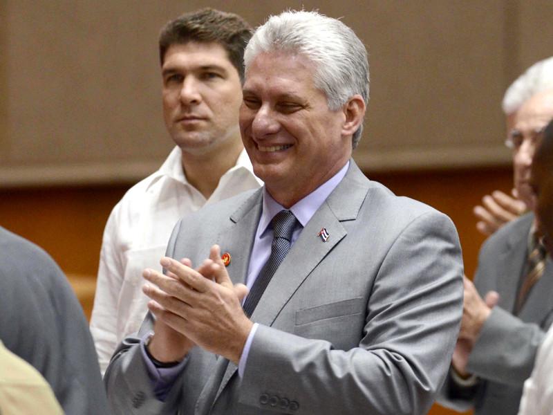 """Кубинский парламент  почти единогласно проголосовал за нового главу государства"""" />"""