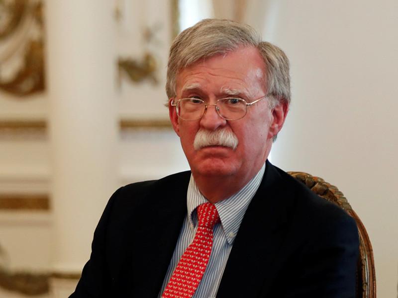 Советник президента США по национальной безопасности Джон Болтон в четверг, 19 апреля, встретился в Белом доме с послом России в США Анатолием Антоновым