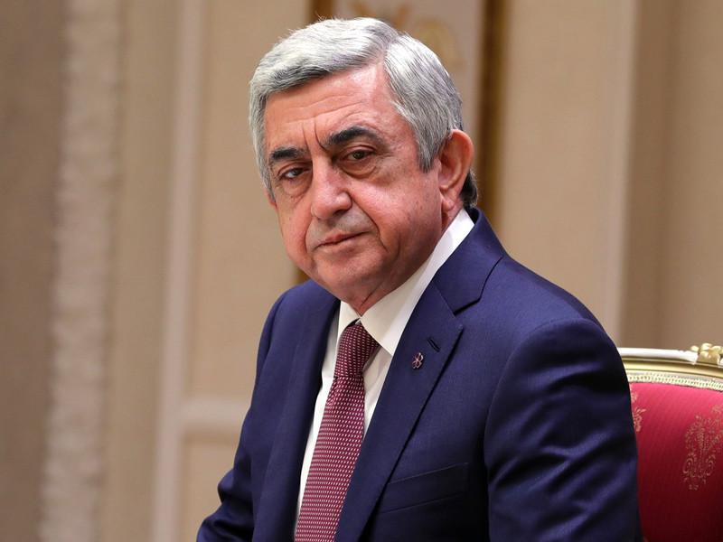 Бывший президент Армении Серж Саргсян выдвинут на пост премьер-министра страны на фоне массовых акций протеста оппозиции, проходящих 16 апреля в центре Еревана