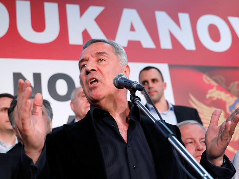 На президентских выборах в Черногории, по предварительным данным, победил Мило Джуканович, с 1991 года несколько раз занимавший посты премьера, президента, а также возглавляющий правящую Демократическую партию социалистов Черногории. Политик набрал больше половины голосов и, по предварительным данным, одержал победу в первом туре