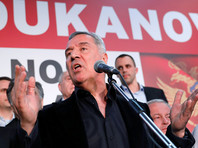 На президентских выборах в Черногории побеждает Мило Джуканович