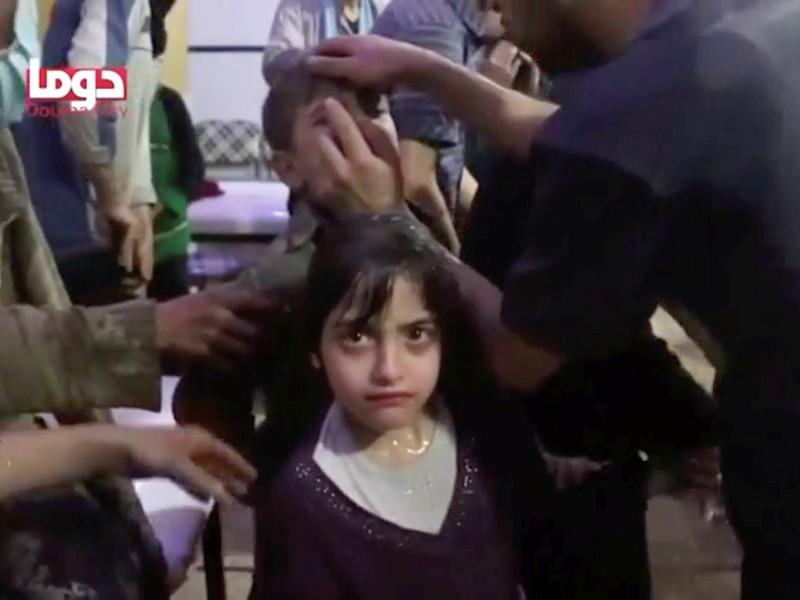 """NBC News: в образцах крови и мочи жертв предполагаемой химатаки в Думе обнаружены хлор и нервно-паралитическое вещество"""" />"""