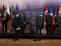 """G7 пригрозила России ужесточением санкций за """"дестабилизирующее поведение"""""""