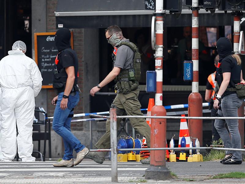Преступник, который накануне в бельгийском городе Льеж застрелил двух сотрудниц полиции и прохожего, до нападения убил еще одного человека