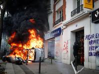 Согласно предварительным данным, экстремисты нанесли ущерб 31 магазину, сожгли шесть автомобилей, еще десять автомашин пострадали от их действий