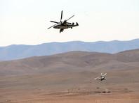 """Вертолет Ка-52 """"Аллигатор"""" во время боевой операции в окрестностях освобожденного от боевиков города Эль-Карьятейн, апрель 2016 года"""