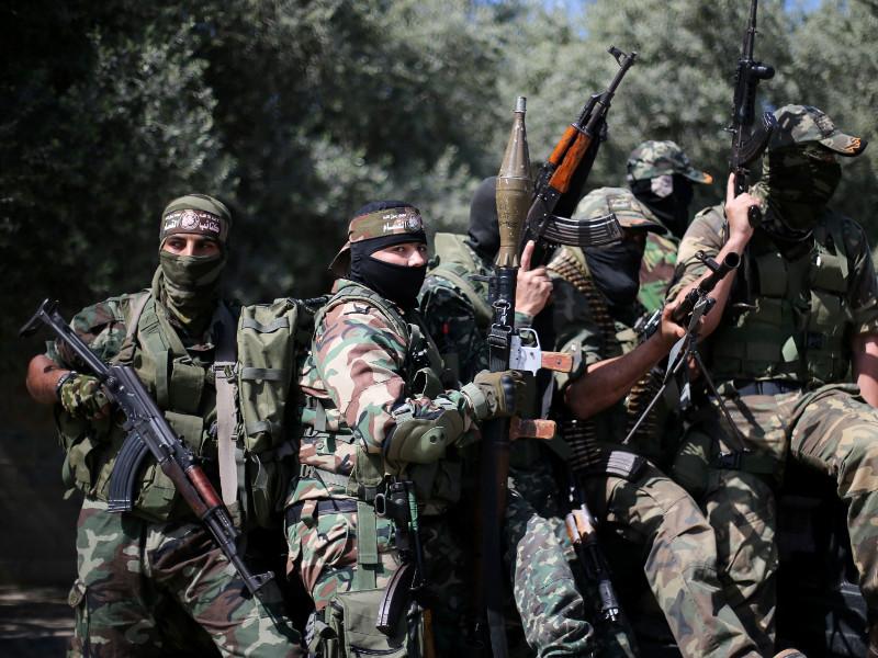 """Израильские истребители ударили по лагерю """"Хамас"""" в секторе Газа"""" />"""