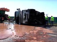 В Польше автотрассу затопило тоннами шоколада (ВИДЕО)