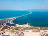 Киев оценил убытки Украины от строительства Крымского моста в 1,2 млрд рублей в год