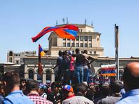 В Ереване уволилась директор школы - однокурсница Саргсяна, которая не пускала учеников протестовать