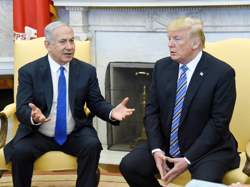 Премьер-министр Израиля Беньямин Нетаньяху, сообщивший накануне о наличии секретной ядерной программы у Ирана, еще 5 марта во время встречи со своим американским коллегой Дональдом Трампом рассказал ему о наличии соответствующих свидетельств