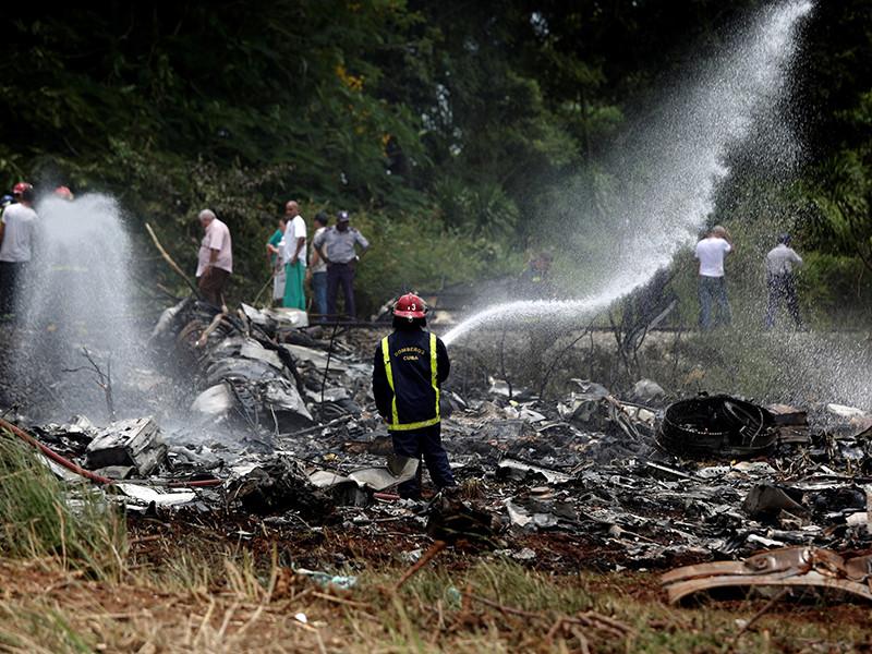 Посольство РФ сообщило об отсутствии россиян на борту разбившегося на Кубе самолета