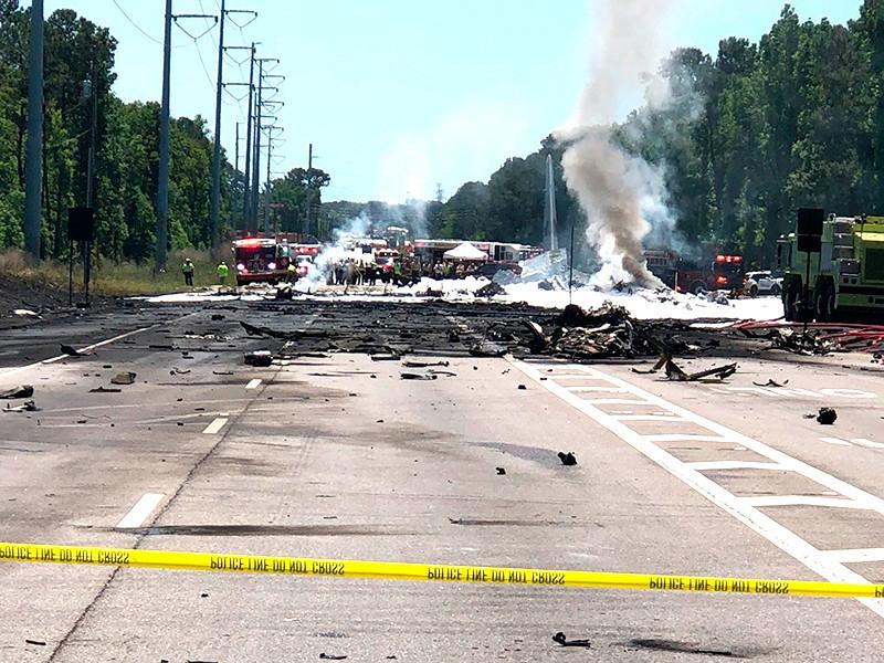 В американском штате Джорджия потерпел крушение самолет C-130 Hercules. Об этом сообщает в Twitter Ассоциация профессиональных пожарных города Саванны
