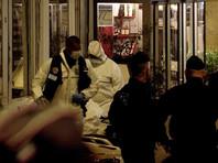 """Вечером в субботу на улице Монсиньи во 2-м округе Парижа вооруженный ножом злоумышленник с криками """"Аллах акбар"""" напал на прохожих. В результате атаки один человек погиб, четверо получили ранения. Нападавший был застрелен прибывшими на место стражами порядка"""