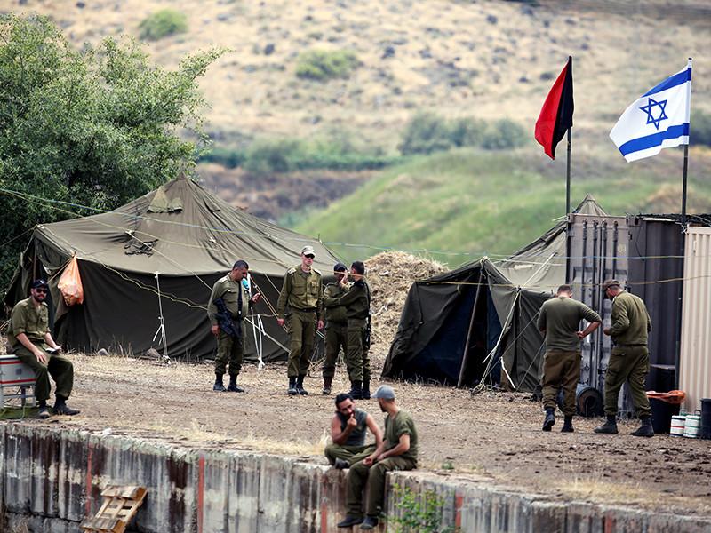 Иранские вооруженные формирования, действующие на территории Сирии, в ночь на четверг, 10 мая, выпустили около 20 ракет по позициям ЦАХАЛа в районе сирийско-израильской границы на Голанских высотах.