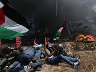 На границе сектора Газы и Израиля происходят массовые столкновения между палестинцами и израильскими военнослужащими в преддверии открытия посольства США в Иерусалиме