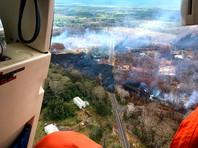 """На Гавайях появился первый пострадавший от извержения вулкана Килауэа: лава добралась до балкона его дома"""" />"""