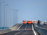 В церемонии открытия автодорожной части Крымского моста 15 мая принял участие Путин. Президент, ставший инициатором этой стройки, получил возможность первым из россиян проехать по возведенному объекту
