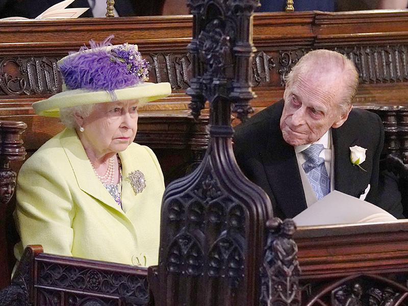 """Принц Гарри и Меган Маркл стали мужем и женой"""" />"""