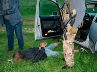 Но осуществить задуманное помешала многоходовая спецоперация СБУ с привлечением подразделений ГУ Национальной полиции в Харьковской области. Украинские силовики задержали всех участников преступной группы при расчете с непосредственными похитителями и попытке вывоза россиянина