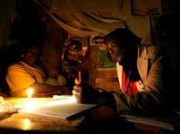 Страны Африки, расположенные к югу от Сахары, а также Центральной и Южной Азии по-прежнему являются регионами, которые испытывают наиболее высокий уровень дефицита доступа к электричеству