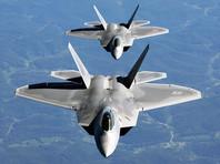 F-22 сопровождали российские самолеты до тех пор, пока те не покинули опознавательную зону ПВО. Она простирается на расстояние около 320 км от западного побережья штата
