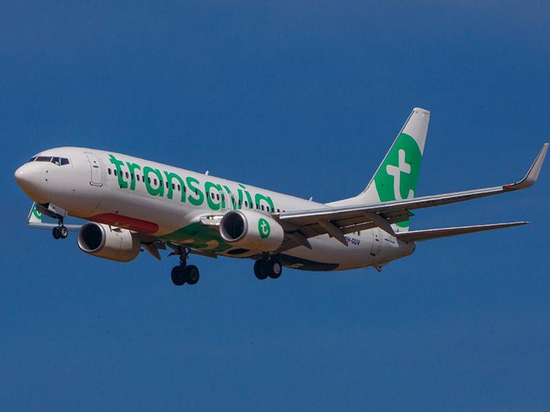 Самолет Boeing-737 авиакомпании Transavia, направлявшийся из Нидерландов на испанский остров Гран-Канария, совершил аварийную посадку в Португалии из-за ужасного запаха, источаемого одним из пассажиров