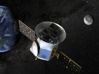 Обещанный Илоном Маском первый полет туристов на Луну откладывается минимум на год