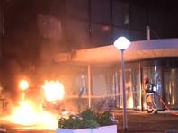 В Амстердаме второй  раз за неделю атаковали редакцию популярного издания: в офис De Telegraaf врезался автомобиль