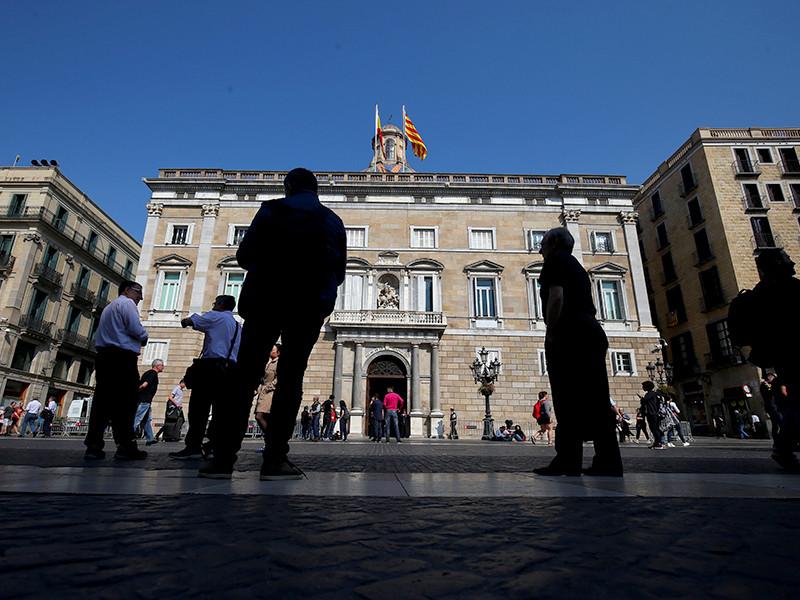 Церемония вступления в должность 13 новых членов каталонского правительства состоялась в субботу, 2 июня, в Барселоне