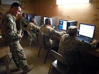 По данным NYT, теперь ведомству разрешено совершать практически ежедневные рейды на иностранные сети с целью защиты от хакерских атак. При этом в публикации говорится, что в Белом доме не было официального обсуждения смены принципов работы военных хакеров США