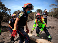 В Гватемале остановлена поисковая операция после извержения вулкана Фуэго