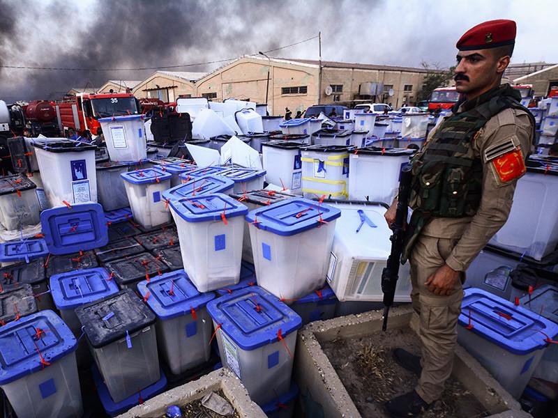 В столице Ирака Багдаде произошел пожар на складе, где хранились бюллетени с состоявшихся в мае парламентских выборов