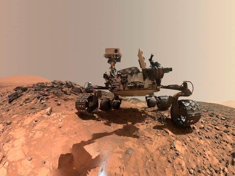 Ученые американского космического агентства NASA объявили об открытии следов органических молекул и метана на Марсе. Наличие этого газа может свидетельствовать о существовании жизни на этой планете в настоящий момент.Научную находку сделал марсоход Curiosity